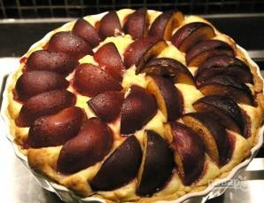 Торт с заварным кремом и сливами - фото шаг 9