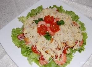 Салат с креветками и помидором - фото шаг 14