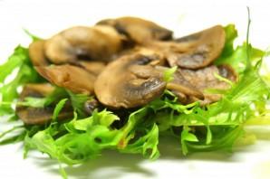 Овощной салат с грибами - фото шаг 5