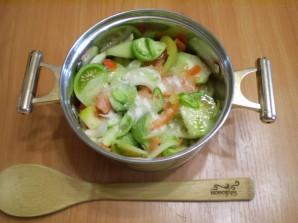 Салат из зеленых помидоров на зиму - фото шаг 4