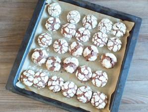 Шоколадное печенье с кракелюрами - фото шаг 10