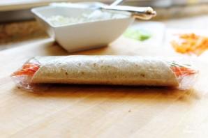 Овощные роллы из лепешек тортильяс - фото шаг 5