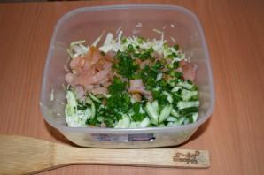Салат из копченой курицы с сыром - фото шаг 4