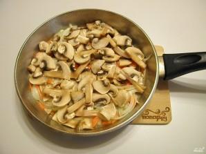 Салат с грибами и фасолью - фото шаг 4