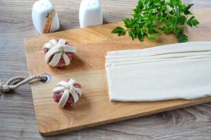 Мясные шарики в тесте в духовке - фото шаг 4