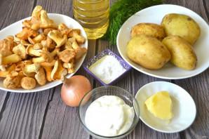 Лисички с картошкой жареные в сметане - фото шаг 1