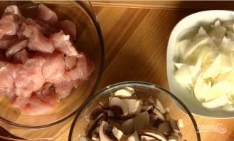Полтавские галушки в горшочках с мясом и грибами - фото шаг 4