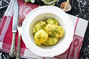 Молодой картофель с укропом - фото шаг 9