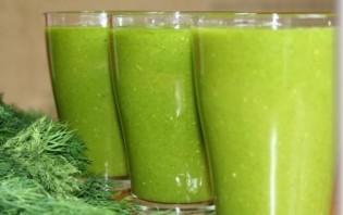 Зеленый коктейль с мандарином - фото шаг 4