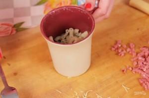 Макароны с сыром в кружке - фото шаг 2