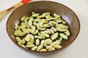 Салат из кабачков и шампиньонов - фото шаг 2