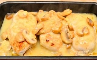 Вкусное блюдо из куриной грудки с грибами - фото шаг 6