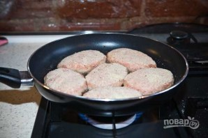 Котлеты из фарша говядины и свинины - фото шаг 9