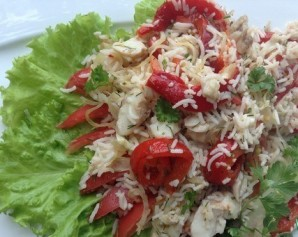 Рыбный салат из сайры - фото шаг 4