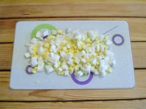Салат крабовый с огурцом - фото шаг 4