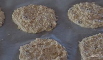 Овсяное печенье с медом на кефире - фото шаг 3