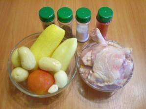 Курица с овощами и кабачками - фото шаг 1