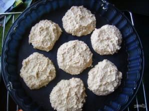Запеченные сырники с яблоком и корицей - фото шаг 2