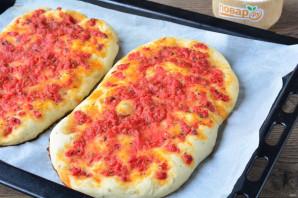 Лепешка с томатом и базиликом - фото шаг 10
