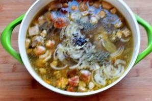 Суп-лапша с курицей и белыми грибами - фото шаг 5