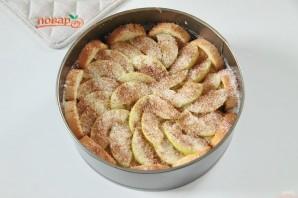 Яблочная шарлотка с хлебом - фото шаг 7
