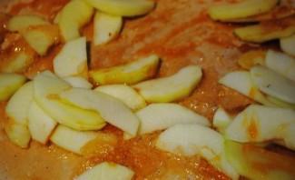 Пирог с яблоками в мультиварке - фото шаг 7