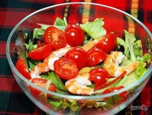 Легкий салат с креветками - фото шаг 2