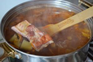 Суп с копченными ребрышками для согрева - фото шаг 5