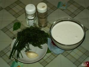 Сметанно-чесночный соус - фото шаг 1