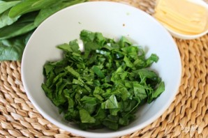 Салат из помидоров со шпинатом - фото шаг 3