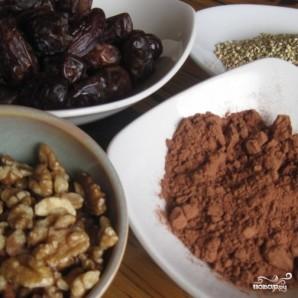 Шоколадный рулет с грецкими орехами - фото шаг 1