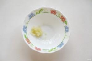 Огурцы в пикантном соусе - фото шаг 4