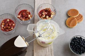 Десерт из мороженого - фото шаг 4