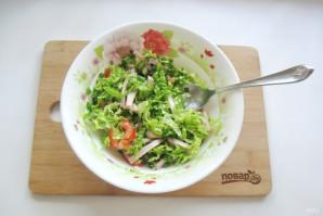 Салат с пекинской капустой и копченой курицей - фото шаг 8