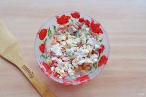Салат с яйцом и ветчиной - фото шаг 8