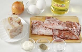 Фаршированный кальмар в яйце - фото шаг 1