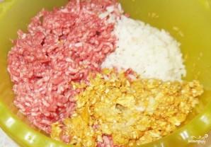 Тефтели с рисом и грибами - фото шаг 2