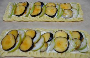 Пирог с грушами и сливами - фото шаг 11
