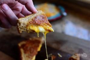Жареный сэндвич с сыром - фото шаг 5