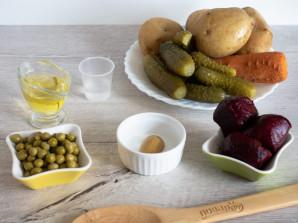 Винегрет с солеными огурцами и горошком - фото шаг 1