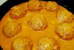 Тефтели под соусом в духовке - фото шаг 3