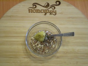 Сыроедческий салат из свеклы - фото шаг 4