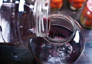 Домашнее вино из ягод - фото шаг 5