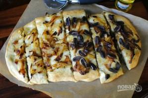 Фокачча с луком и оливками - фото шаг 11