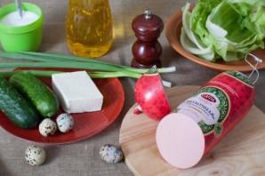 Салат с жареной колбасой - фото шаг 1