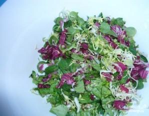 Салат с жареными грибами и сыром - фото шаг 1