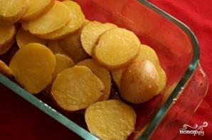 Запеченная рыба с картофелем и томатным соусом - фото шаг 1