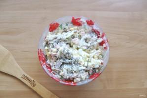 Салат с морской капустой и горбушей - фото шаг 8