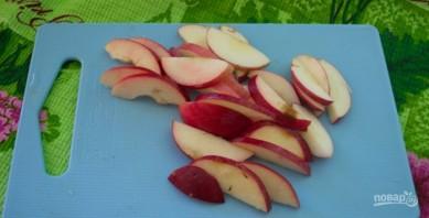 Шоколадный манник с карамельными яблоками - фото шаг 3