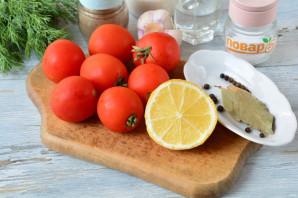 Маринованные помидоры с лимоном на зиму - фото шаг 1